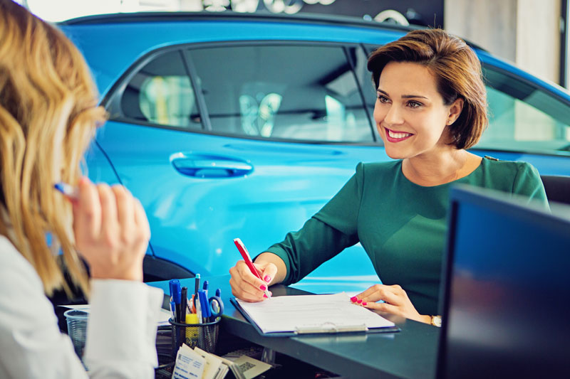 lease or finance a new car